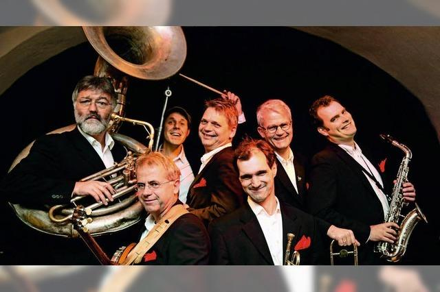 Benefizkonzert: Redhouse Hot Six in Kirchzarten