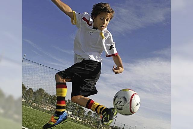 Dribbeln können wie Fußballprofis