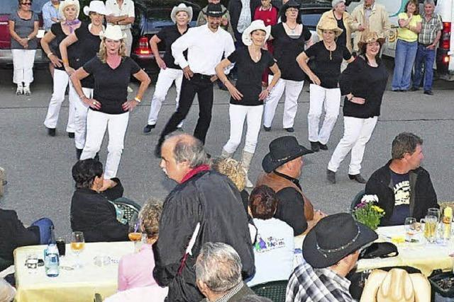 Line-Dance und Countrysongs