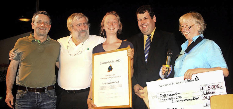 Freude über die Auszeichnung zur &#822... Peter Schelshorn und  Ursula Sladek.   | Foto: Heiner Fabry