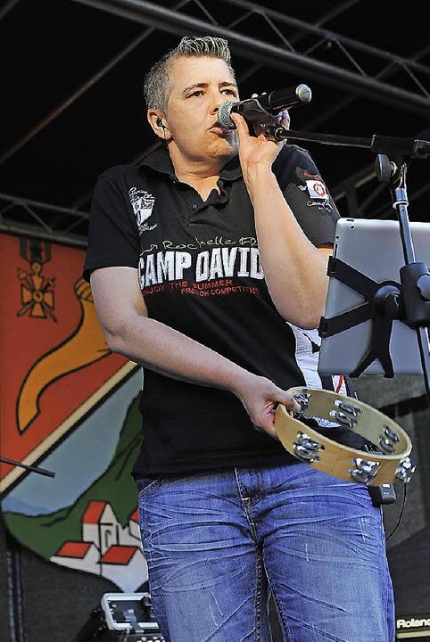 """Die Steinener Band """"Rockstein"""" rockte am Samstagabend.    Foto: André Roos"""
