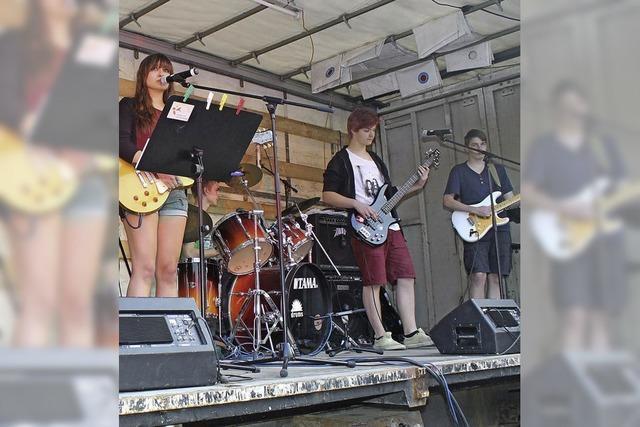 Zwei Rockbands bieten ein sattes Sounderlebnis