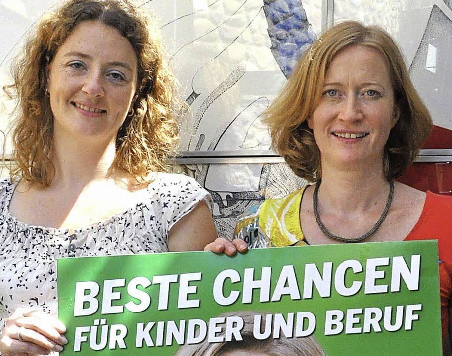 Selbstbewusst strebt die Freiburger Gr...die Kampagne und ihre Wahlplakate vor.  | Foto: kai kricheldorff