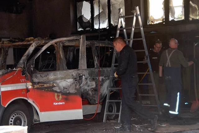 Zusatzbatterien in Feuerwehrfahrzeug haben Brand ausgelöst
