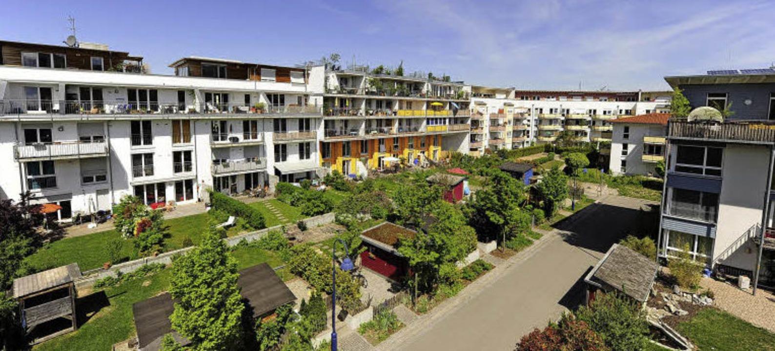 Viel Grün und autoreduziert: der Freiburger Vorzeigestadtteil Vauban  | Foto: Ingo Schneider