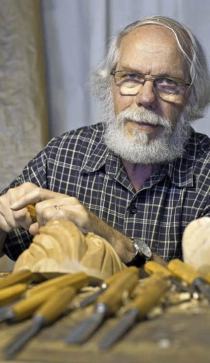 Konrad Wernet aus Elzach ist ein Meist...tzens – und das seit 60 Jahren.   | Foto: Fotos: daniel Schoenen