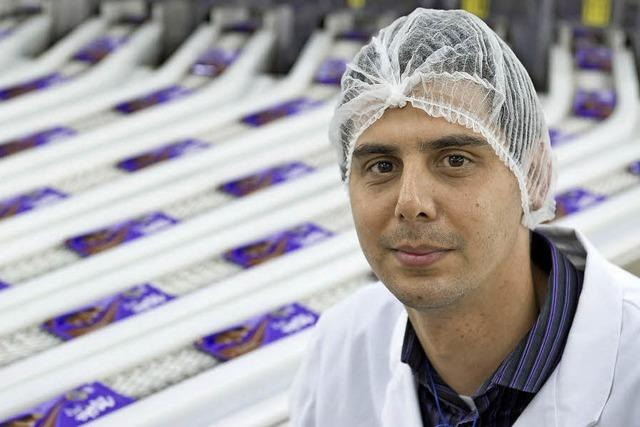 Schokolade – tonnenweise: Christopher Bee leitet bei Milka die Produktikon der klassischen Tafeln