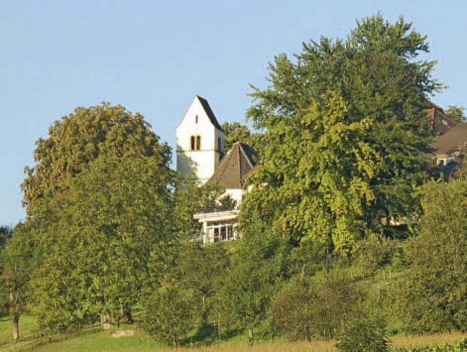 Eine Landmarke im Dreiland und fast vo...ie St. Ottiiklienkirche von Tüllingen   | Foto: Nikolaus Trenz
