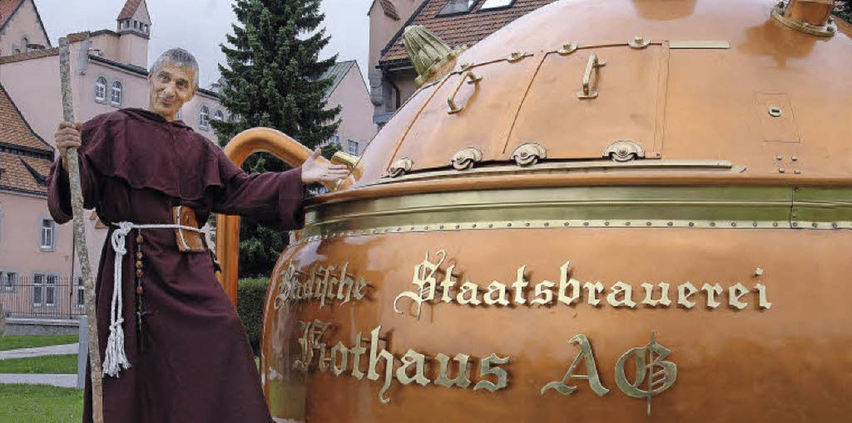 Mit Mönch Benedikt vom Rothen Haus auf...weg rund um die Staatsbrauerei Rothaus  | Foto: privat