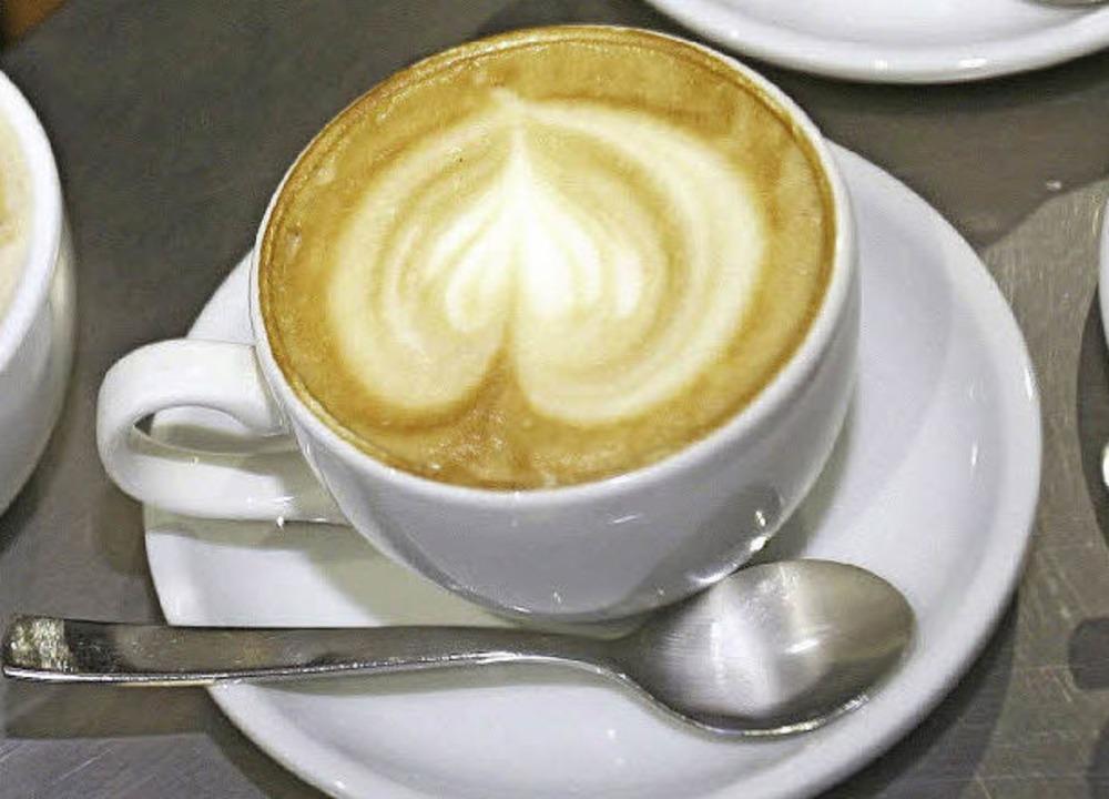 Nicht im Kaffeesatz liegt in Wahrheit,...ie Entwicklung der Stadt nachgedacht.   | Foto: dpa