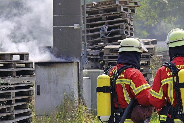 Schaltkasten in Brand