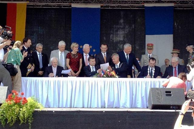 Beim grenzüberschreitenden Zweckverband Zwei-Breisacher-Land beginnt nun die Arbeitsphase
