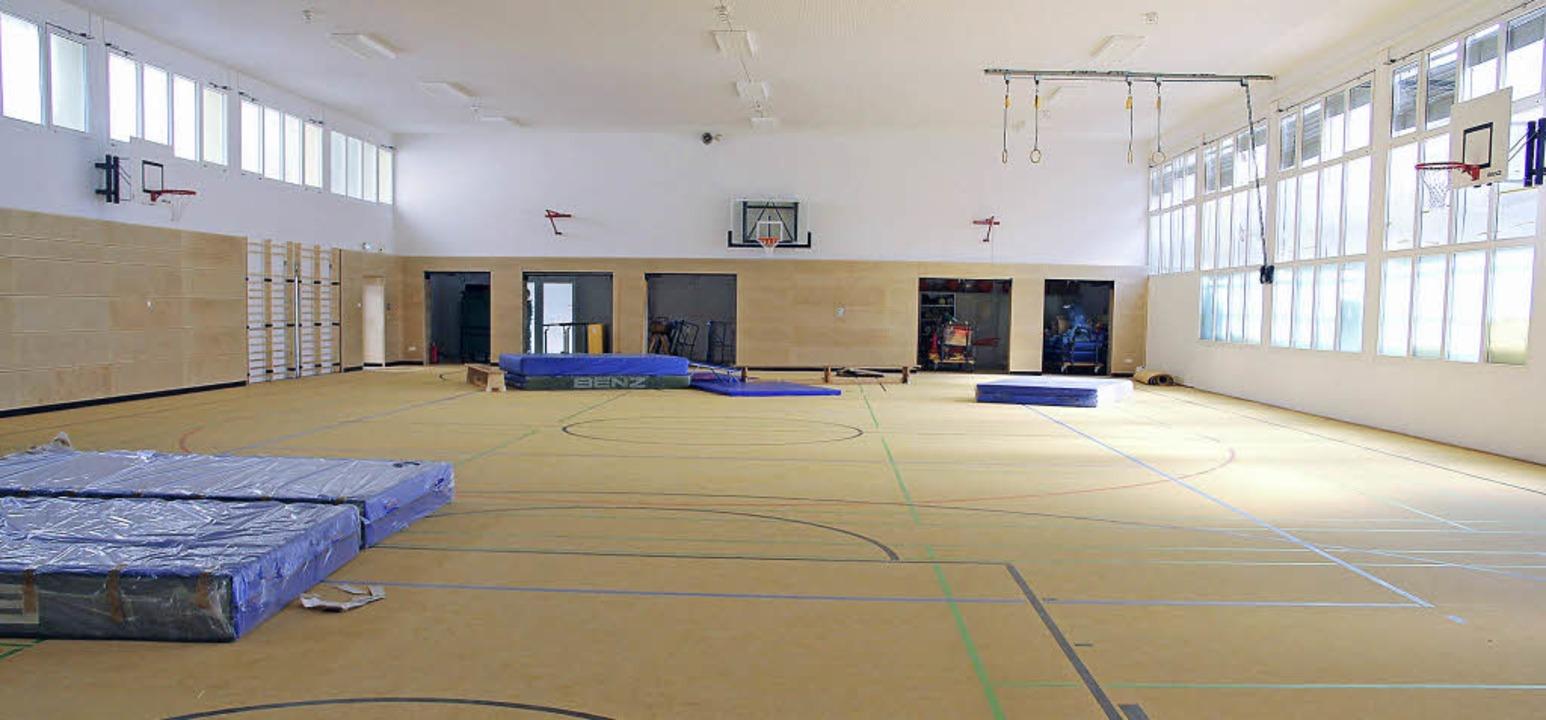 Ein neuer Bodenbelag wurde in der Max-Metzger-Sporthalle verlegt.  | Foto: Monika Weber