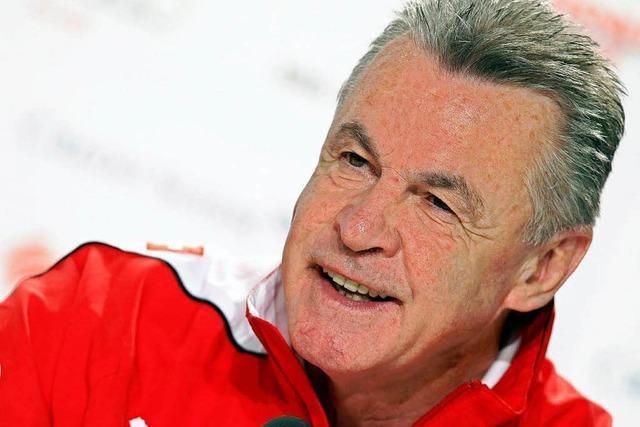 Ottmar Hitzfeld gratuliert SC Freiburg zu Verpflichtungen