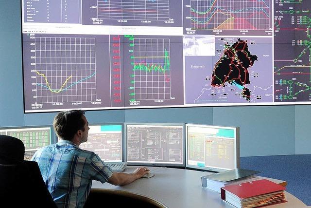 Ingenieure der Netzleitstelle regeln den Verkehr – Ein Besuch