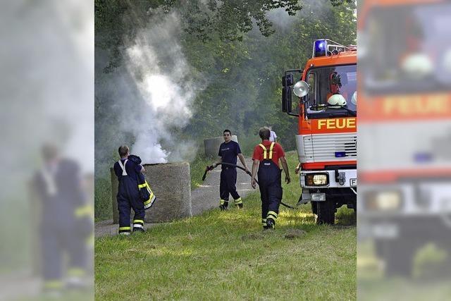 Brandstiftung an Heuballen in Vögisheim