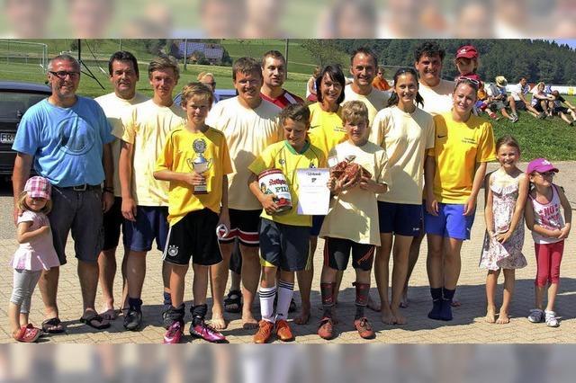 Erlenbach-Brasilianer schießen im Finale ein Tor mehr
