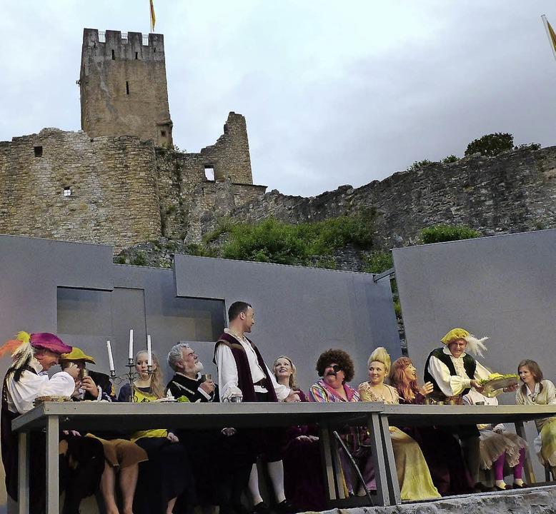 Die Burgfestspiele haben Hofmannsthals...pielt die Burg immer eine Hauptrolle.   | Foto: Martina David-Wenk