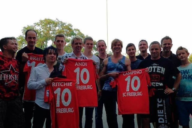 Der SC Freiburg vergibt doch die Nummer 10 – an die Toten Hosen