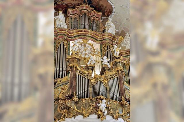 Orgelzyklus in St. Peter: Start mit Harfe