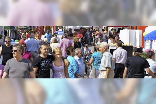 """Mehrere tausend Besucher kamen zur Gewerbe-Präsentation """"Herbolzheimer Sommer"""""""