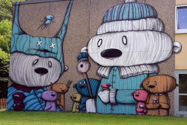 Teddys statt grauer Wand