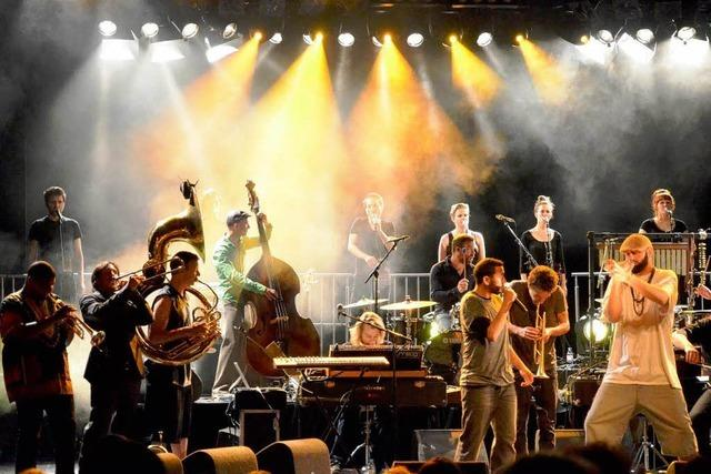 Colin Benders Kyteman Orchestra bei den Stimmen