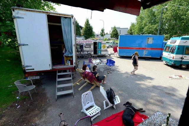 Ultimatum aufgeschoben: Wagenburg darf zunächst auf PH-Parkplatz bleiben
