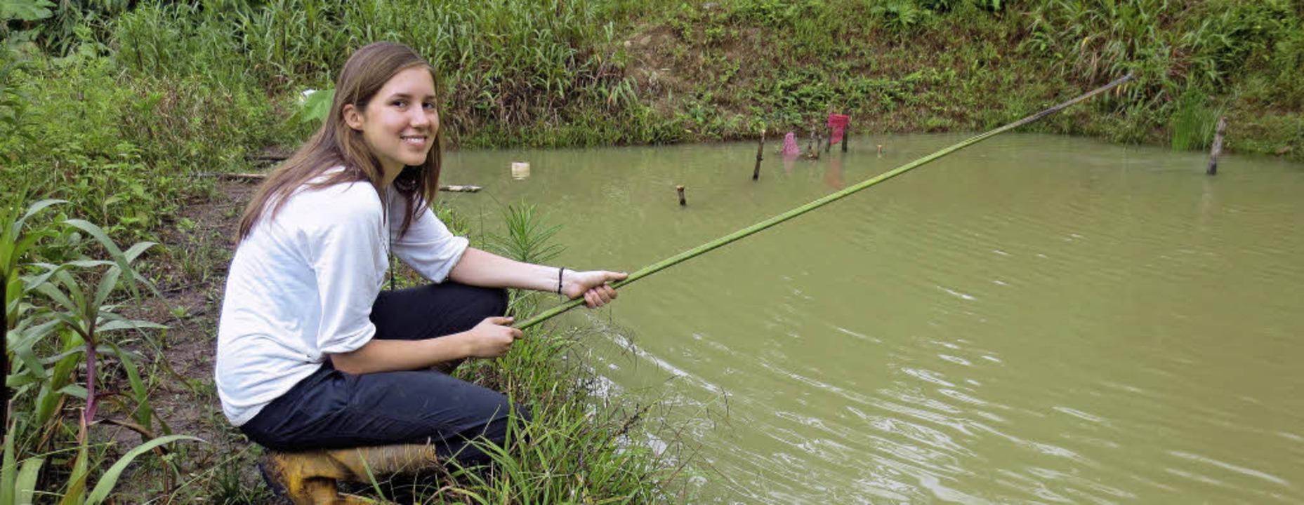 Angelruten aus Carbon gibt es im Dschu...ichen, um den Fang an Land zu ziehen.   | Foto: Groschupp