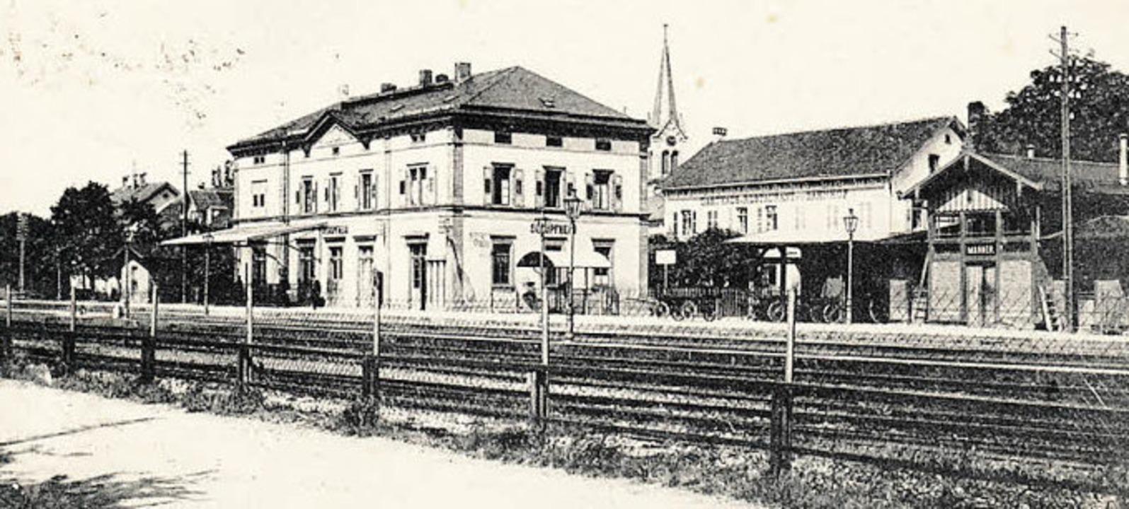 Vom 1862 gebauten Wiesentalbahnhof in ...erung und deren Eisenbahnverwaltung.    | Foto:  Archiv Ernst Brugger