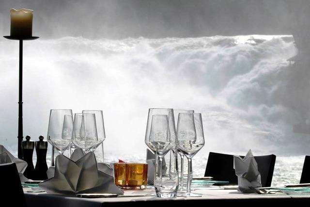 Blick auf den Rheinfall: das Restaurant Schlössli