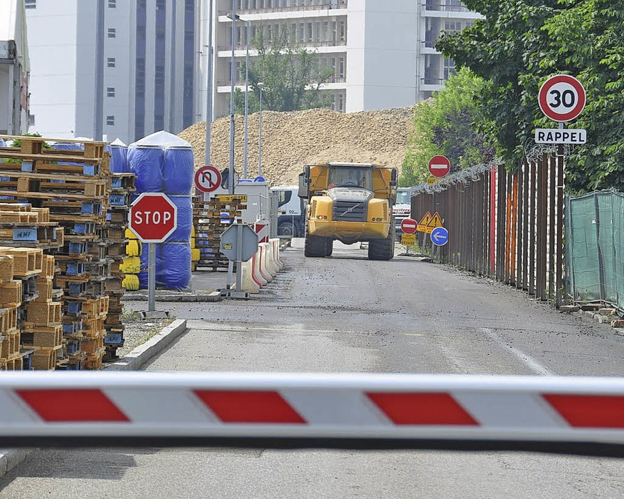 Das Endstück der alten Avenue de Bâle,...h-Gebiet, war Teil des Gebietstauschs.  | Foto: Annette Mahro