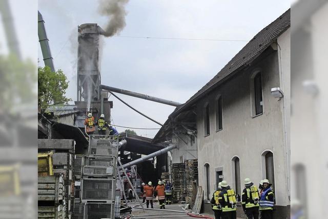 Kappelrodeck: Spänesilo stand in Flammen
