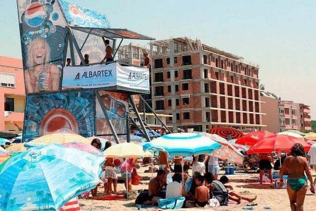 Albaniens Mittelmeerküste: Betonburgen im Paradies