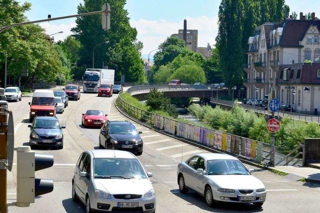 Sanierung der Leo-Wohleb-Brücke: Vorarbeiten beginnen am Sonntagabend