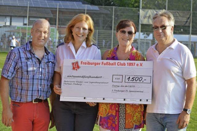 Freiburger FC will laufend helfen
