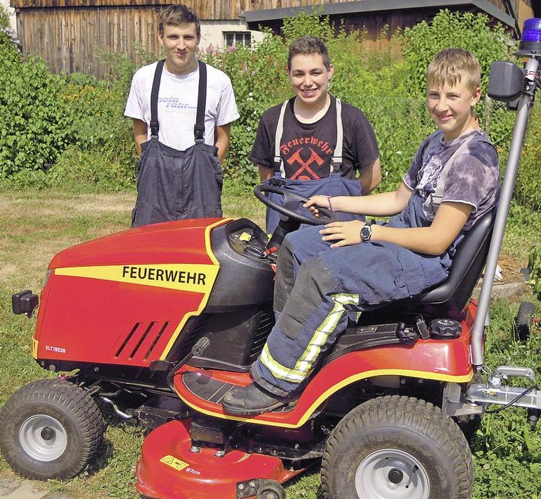 Sie engagieren sich vorneweg für die p...), Micael Waldmeier und Justin Waider.  | Foto: Jutta Rogge