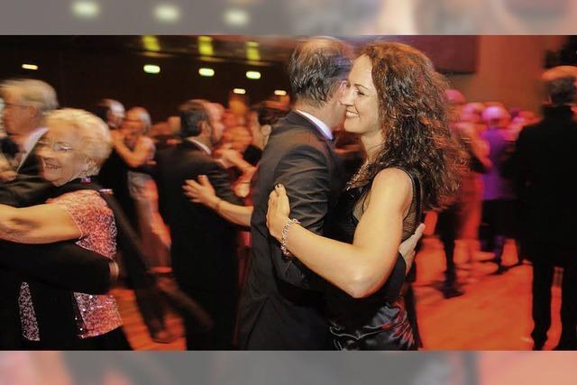 Vorverkaufsbeginn zum Presseball 2013: Freiburg, wie es tanzt und genießt