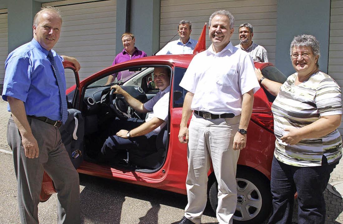 Politiker informierten sich in der Soz...ele und Bürgermeister Michael Scharf.   | Foto: Schüle