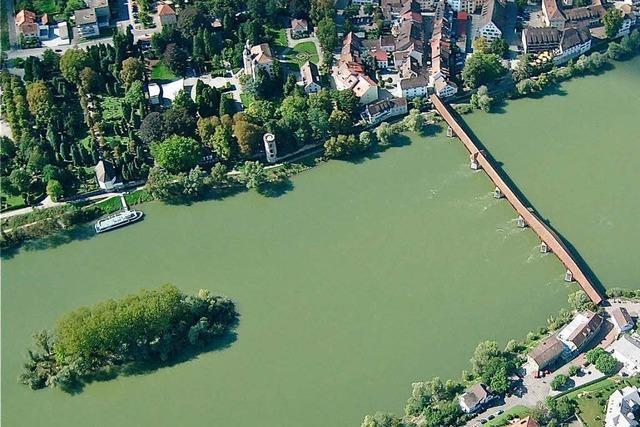 Die Fridolininsel bei Bad Säckingen wird deutsch