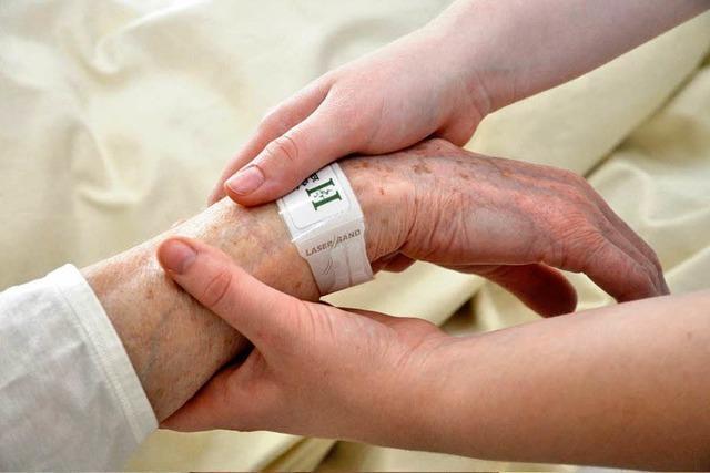 In der Helios Klinik bekommt jeder Patient ein Armband