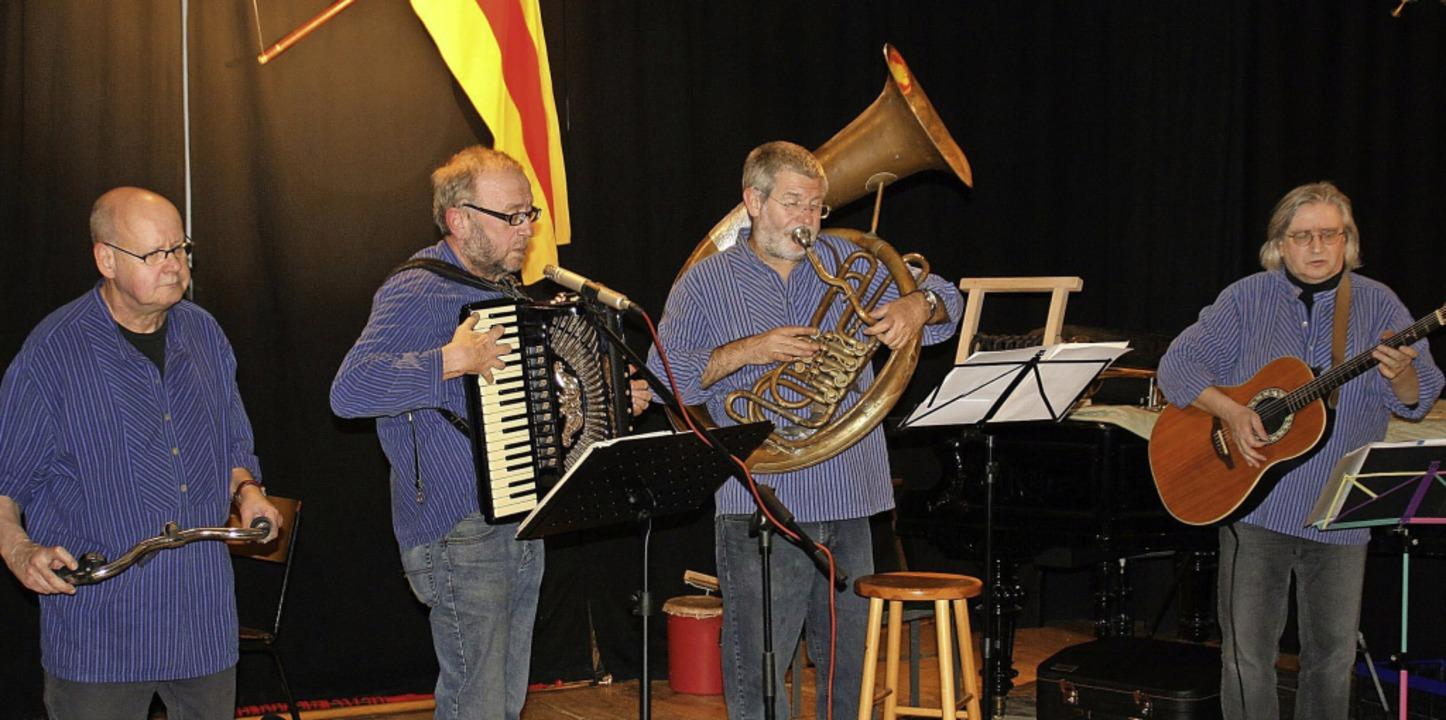 Die Gälfiäßler in der aktuellen Besetz...laus Himmelsbach und Franz Schüssele.   | Foto: Privat