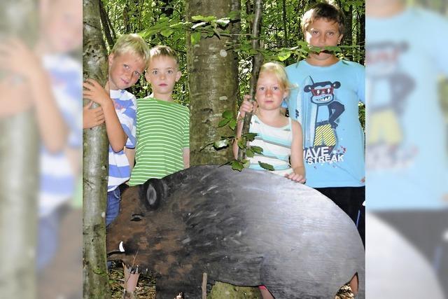 Die Kinder, der Wald und der Jäger