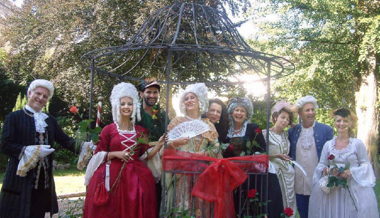 Mit einer prächtigen Inszenierung und ...lon im Stadtpark von Zell eingeweiht.   | Foto: Roswitha Frey