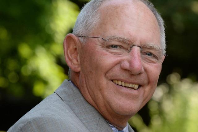 Schäuble kandidiert wieder – und vermisst Ältere im Parlament