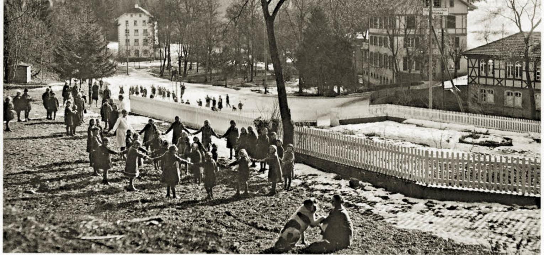 Im Kindererholungsheim Steinabad ließ ...l Bewegung ließen sie rasch gesunden.   | Foto:  KreisA KA 514/Fotoalben