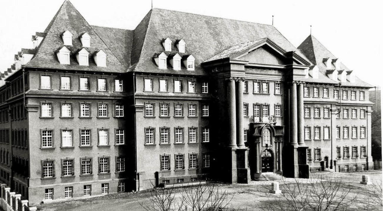 Von 1910-12 wurde der riesige Neubauko...rchitekten Carl Anton Meckel errichtet  | Foto: Hans Sigmund