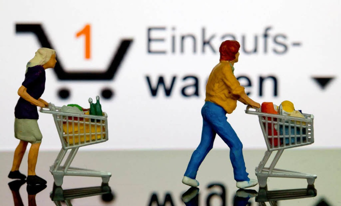 Vom Onlinehandel haben viele Verbrauch...Hersteller den Preisverfall stoppen.    | Foto: dpa