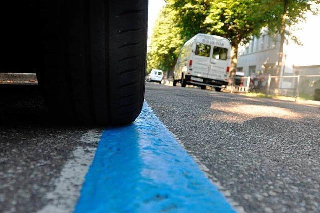 Basel schafft kostenlose Parkplätze ab – Gebühren steigen