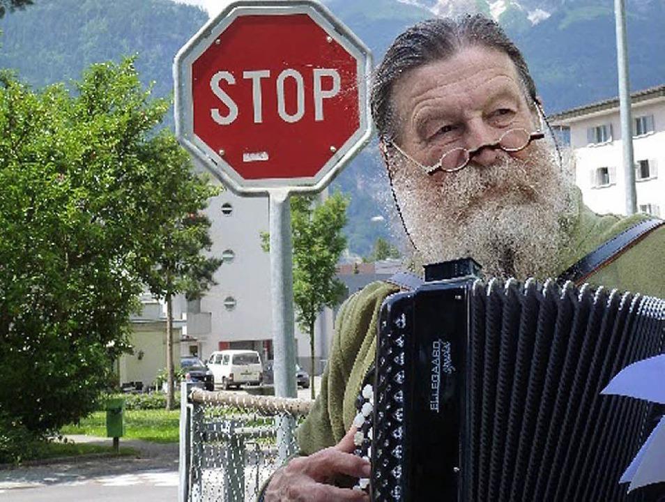 Der Akkordeonist Hans Hassler bei einer Probe zur Klangreise   | Foto: zvg